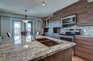 Photo 5: 239 Valley Brook Circle NW in Calgary: Valley Ridge Detached for sale : MLS®# A1102957