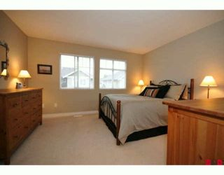 """Photo 8: 35 16760 61ST Avenue in Surrey: Cloverdale BC Townhouse for sale in """"Harvest Landing"""" (Cloverdale)  : MLS®# F2927875"""