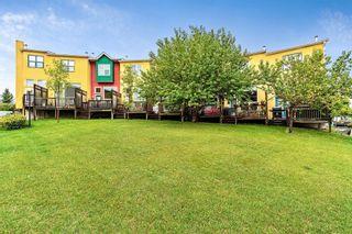 Photo 1: 38 7 WESTLAND Road: Okotoks Row/Townhouse for sale : MLS®# C4267476