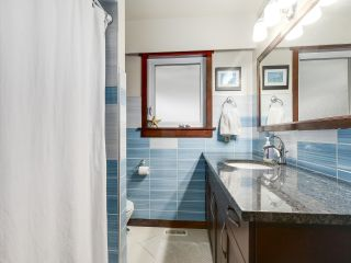 Photo 10: 1920 Ridgeway Avenue in North Vancouver: Central Lonsdale House  : MLS®# R2147491