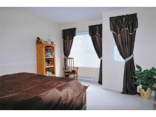 Photo 7: 15 758 RIVERSIDE Drive in Port Coquitlam: Riverwood Townhouse for sale : MLS®# V887026