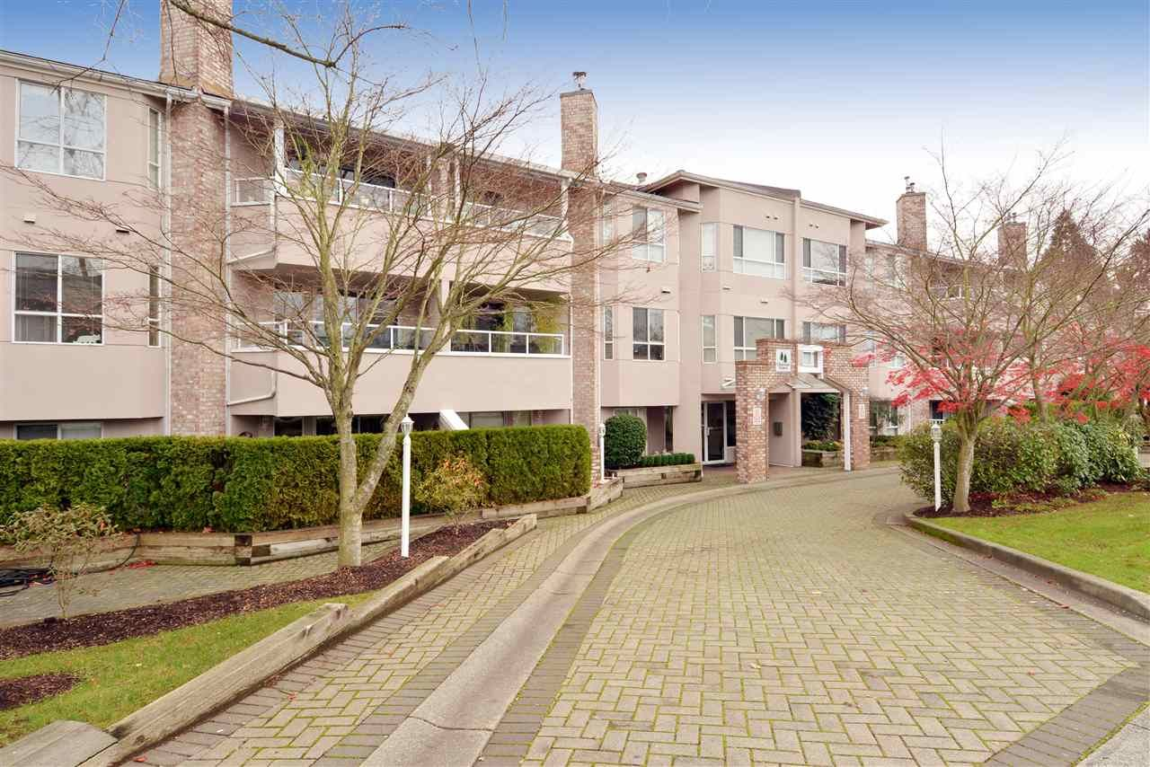 """Main Photo: 211 1952 152A Street in Surrey: King George Corridor Condo for sale in """"Chateau Grace"""" (South Surrey White Rock)  : MLS®# R2016063"""