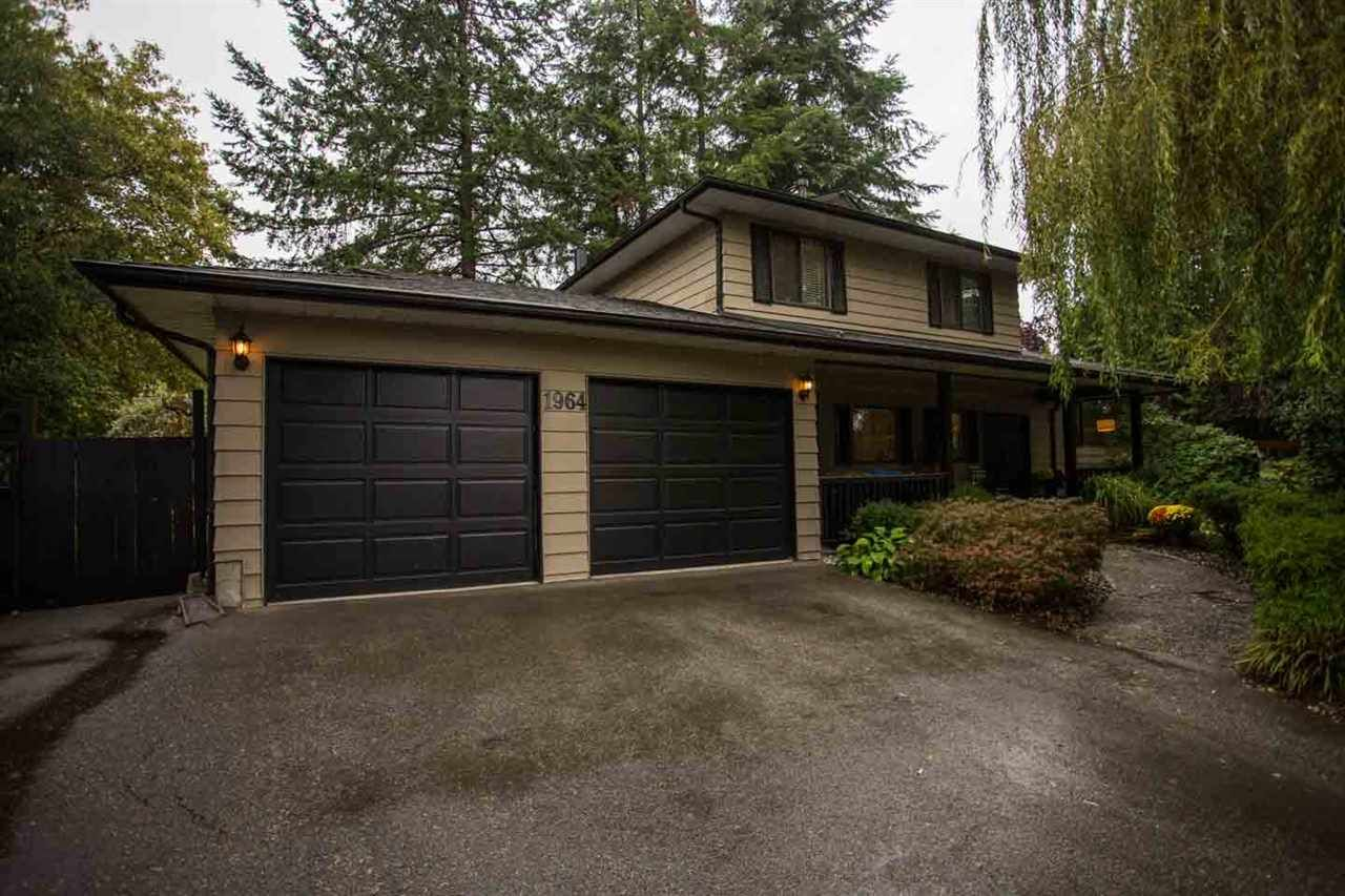 Main Photo: 1964 CONNAUGHT Avenue in PORT COQ: Lower Mary Hill House for sale (Port Coquitlam)  : MLS®# R2002000