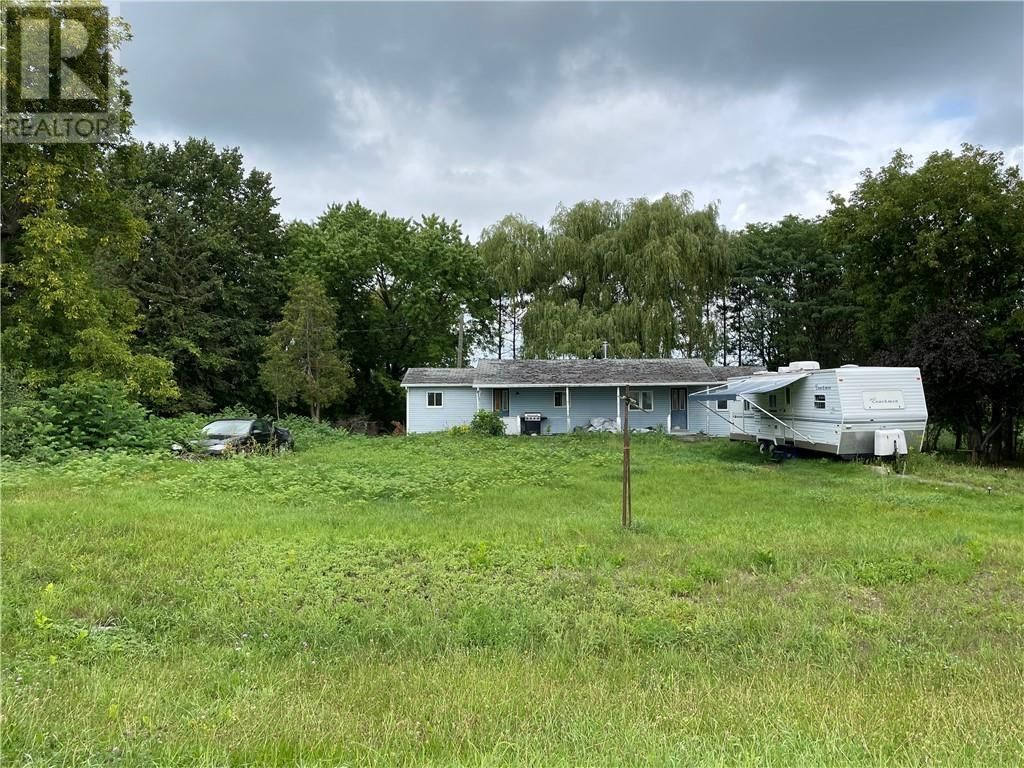 Main Photo: 19351 COUNTY 25 ROAD in Apple Hill: House for sale : MLS®# 1257643