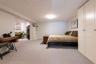 Photo 15: 8678 141 STREET in Surrey: Bear Creek Green Timbers House for sale : MLS®# R2387042