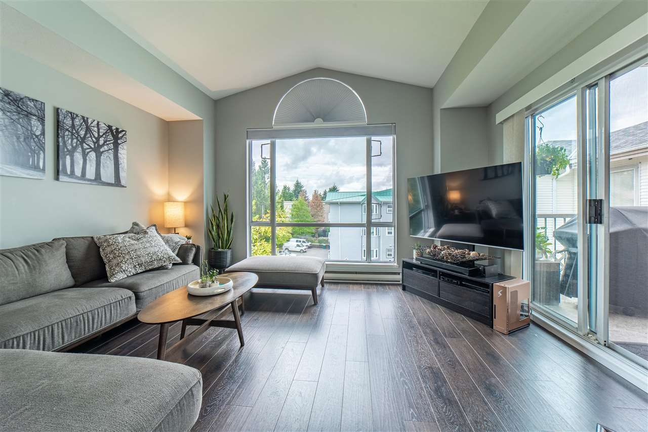 """Main Photo: 302 19122 122 Avenue in Pitt Meadows: Central Meadows Condo for sale in """"Edgewood Manor"""" : MLS®# R2593099"""