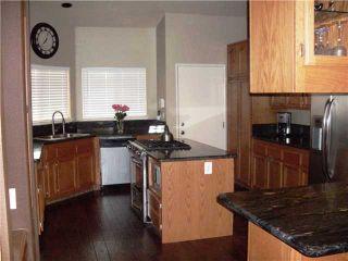 Photo 2: NORTH ESCONDIDO House for sale : 3 bedrooms : 1749 El Aire Place in Escondido