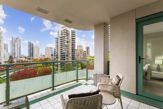 """Photo 15: 10E 6128 PATTERSON Avenue in Burnaby: Metrotown Condo for sale in """"GRAND CENTRAL PARK PLACE"""" (Burnaby South)  : MLS®# R2624784"""