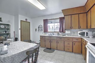 Photo 11: 1839 38 Street SE in Calgary: Forest Lawn Detached for sale : MLS®# A1147912