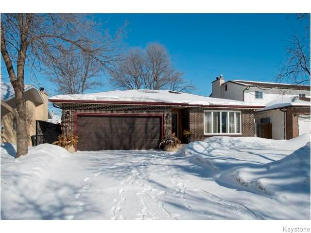 Main Photo: 7 Avril Lane in WINNIPEG: Charleswood Residential for sale (South Winnipeg)  : MLS®# 1604391