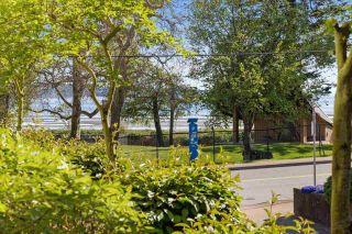 """Photo 12: 103 15747 MARINE Drive: White Rock Condo for sale in """"Promenade"""" (South Surrey White Rock)  : MLS®# R2573808"""