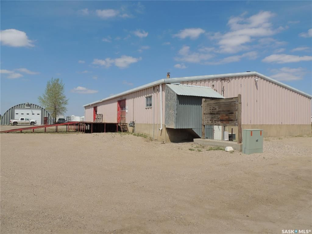 Main Photo: 202 6th Street in Estevan: Eastend Commercial for lease : MLS®# SK838844