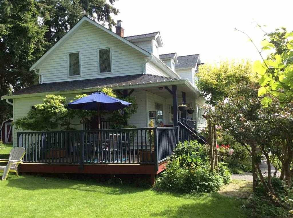 Photo 3: Photos: 16045 9 Avenue in Surrey: King George Corridor House for sale (South Surrey White Rock)  : MLS®# R2149917