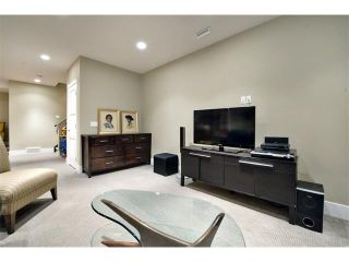 Photo 31: 931 33 Street NW in Calgary: Parkdale House for sale : MLS®# C4003919