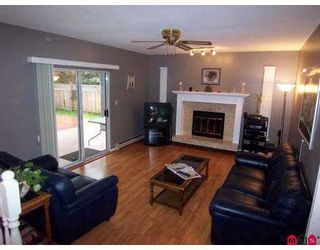 Photo 7: 9488 153A Street in Surrey: Fleetwood Tynehead House for sale : MLS®# F2702364