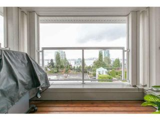 """Photo 13: 409 155 E 3RD Street in North Vancouver: Lower Lonsdale Condo for sale in """"THE SOLANO"""" : MLS®# V1143271"""