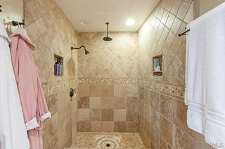 Photo 11: MOUNT HELIX House for sale : 4 bedrooms : 4326 Calavo Drive in La Mesa