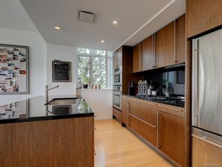 Photo 7: TH4 100 Saghalie Rd in : VW Songhees Row/Townhouse for sale (Victoria West)  : MLS®# 863022