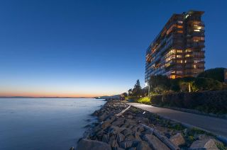 """Main Photo: 1404 150 24TH Street in West Vancouver: Dundarave Condo for sale in """"Seastrand"""" : MLS®# R2585233"""