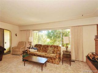 Photo 6: 3720 Casey Dr in VICTORIA: SW Tillicum House for sale (Saanich West)  : MLS®# 682467