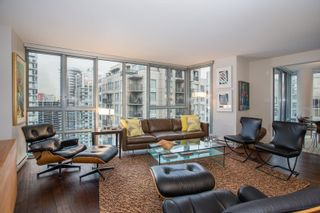 "Photo 5: 1902 930 CAMBIE Street in Vancouver: Yaletown Condo for sale in ""Pacific Place Landmark II"" (Vancouver West)  : MLS®# R2361842"