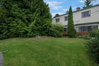 """Photo 1: 2651 WESTVIEW Drive in North Vancouver: Upper Lonsdale Townhouse for sale in """"CYPRESS GARDENS"""" : MLS®# R2587577"""