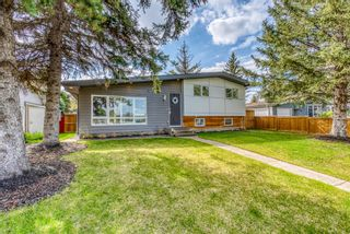 Photo 2: 621 Agate Crescent SE in Calgary: Acadia Detached for sale : MLS®# A1109681