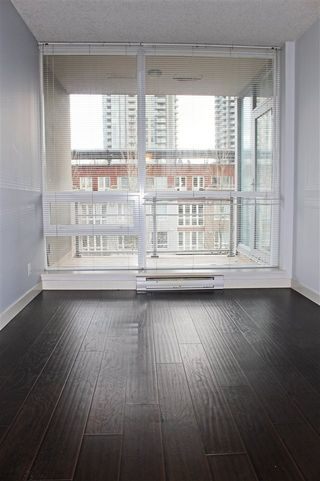 """Photo 15: 504 2978 GLEN Drive in Coquitlam: North Coquitlam Condo for sale in """"GRAND CENTRAL ONE"""" : MLS®# R2516760"""