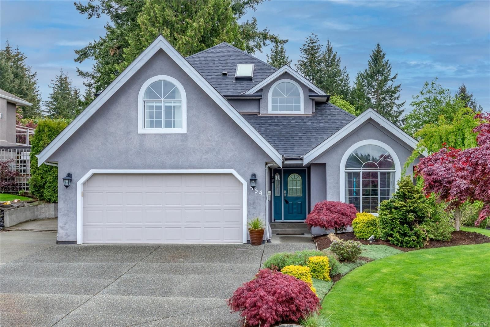 Main Photo: 554 Steenbuck Dr in : CR Willow Point House for sale (Campbell River)  : MLS®# 874767