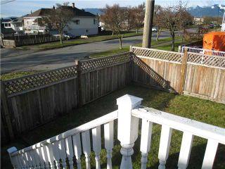 Photo 10: 2603 ADANAC Street in Vancouver: Renfrew VE House for sale (Vancouver East)  : MLS®# V866221
