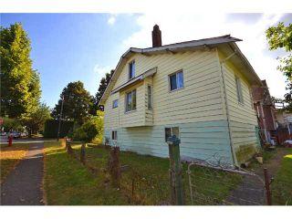 Photo 3: 895 E 27TH AV in Vancouver: Fraser VE House for sale (Vancouver East)  : MLS®# V906443