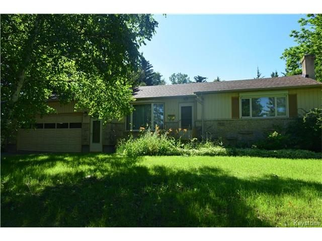 Main Photo: 616 Patricia Avenue in Winnipeg: Fort Richmond Residential for sale (1K)  : MLS®# 1705918