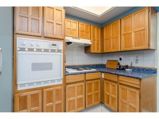 """Photo 7: 104 1322 MARTIN Street: White Rock Condo for sale in """"Blue Spruce"""" (South Surrey White Rock)  : MLS®# R2441551"""
