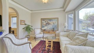 Photo 2: 2032 1 Avenue NW in Calgary: West Hillhurst Semi Detached for sale : MLS®# A1148561