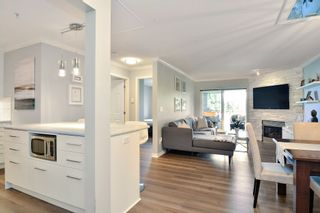 """Photo 3: 307 15150 29A Avenue in Surrey: King George Corridor Condo for sale in """"THE SANDS 2"""" (South Surrey White Rock)  : MLS®# R2193309"""