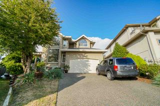 """Photo 1: 12385 63A Avenue in Surrey: Panorama Ridge House for sale in """"BOUNDARY PARK"""" : MLS®# R2465233"""