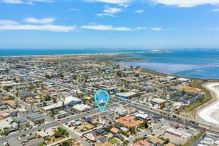 Photo 9: IMPERIAL BEACH House for sale : 2 bedrooms : 745 13th St