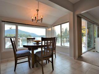 Photo 11: 4760 SINCLAIR BAY Road in Garden Bay: Pender Harbour Egmont House for sale (Sunshine Coast)  : MLS®# R2607231