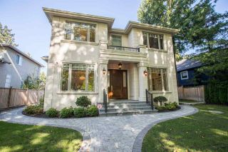 Photo 2: 2399 W 35TH Avenue in Vancouver: Quilchena House for sale (Vancouver West)  : MLS®# R2473551