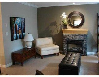 Photo 3: 26 7488 Southwynde Avenue in Burnaby: South Slope Townhouse for sale (Burnaby South)  : MLS®# V976103