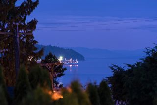 """Photo 12: 2386 KINGS Avenue in West Vancouver: Dundarave House for sale in """"Dundarave Village by the Sea"""" : MLS®# R2620765"""