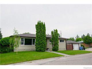 Photo 1: 46 Westdale Place in Winnipeg: St Vital Residential for sale (South East Winnipeg)  : MLS®# 1618565