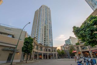 """Photo 22: 1502 188 KEEFER Place in Vancouver: Downtown VW Condo for sale in """"ESPANA TOWER B"""" (Vancouver West)  : MLS®# R2508962"""