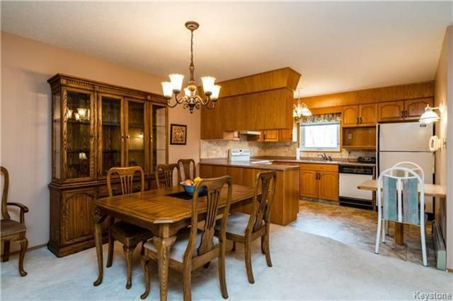 Photo 6: Photos: 206 815 St Anne's Road in Winnipeg: River Park South Condominium for sale (2F)  : MLS®# 1809348