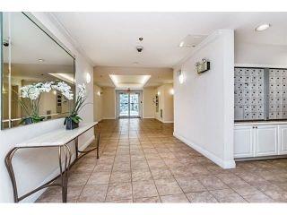 """Photo 24: 124 15268 105 Avenue in Surrey: Guildford Condo for sale in """"Georgian Gardens"""" (North Surrey)  : MLS®# R2502263"""
