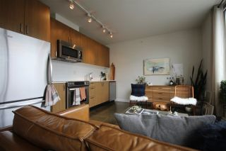 """Photo 3: 408 221 UNION Street in Vancouver: Mount Pleasant VE Condo for sale in """"V6A"""" (Vancouver East)  : MLS®# R2284454"""