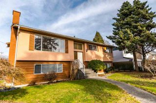 Photo 1: 5231 SPRUCE Street in Burnaby: Deer Lake Place House for sale (Burnaby South)  : MLS®# R2134328