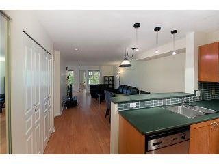 """Photo 5: 302 2161 W 12TH Avenue in Vancouver: Kitsilano Condo for sale in """"CARLINGS"""" (Vancouver West)  : MLS®# V909987"""