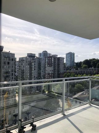 "Photo 34: 1608 888 CARNARVON Street in New Westminster: Downtown NW Condo for sale in ""MARINUS"" : MLS®# R2465548"