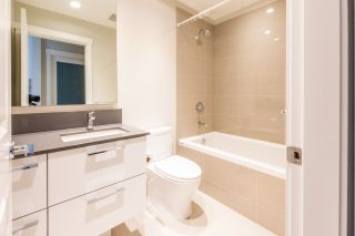 """Photo 10: 316 5687 GRAY Avenue in Vancouver: University VW Condo for sale in """"Eton"""" (Vancouver West)  : MLS®# R2428774"""